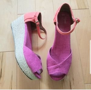 Toms pink and orange wedge espadrille sandals 8